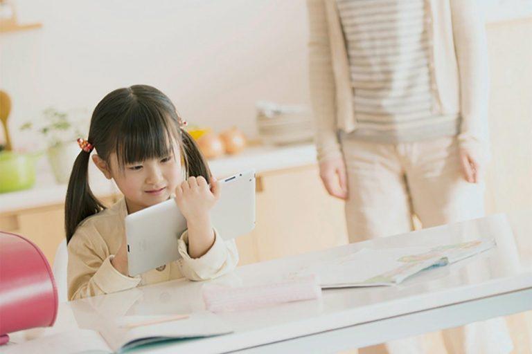 Điều gì là hành trang không thể thiếu mà mẹ Nhật luôn dạy trẻ khi bắt đầu vào tiểu học ?