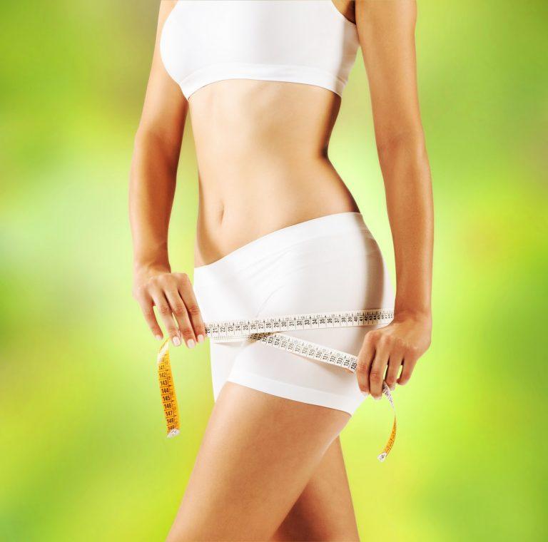 """""""Khó tin"""" phụ nữ Nhật giảm cân chỉ bằng cách…mang dép"""