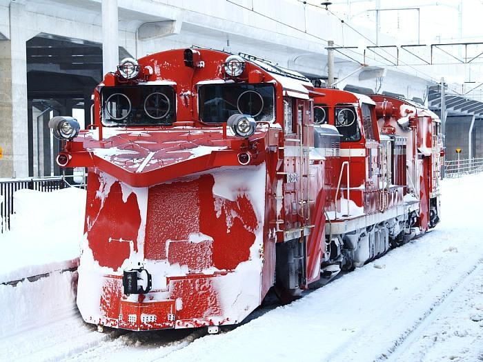 """Tàu lửa """"chuyên dụng"""" vào mùa đông – Sống ở Nhật lâu chưa chắc bạn đã thấy"""
