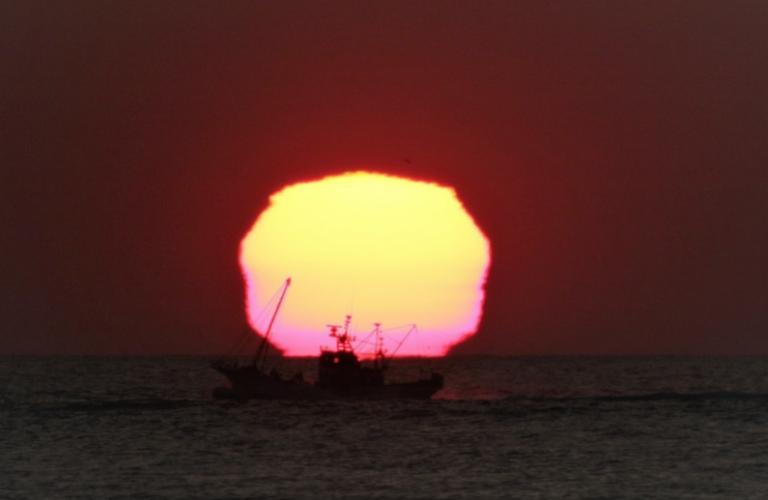 Nơi duy nhất tại Nhật bạn có thể nhìn thấy Mặt Trời hình… tứ giác