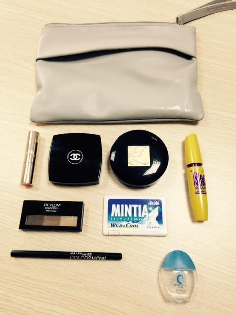 Cosme Pochi –  túi đựng mỹ phẩm của cô nàng công sở Nhật