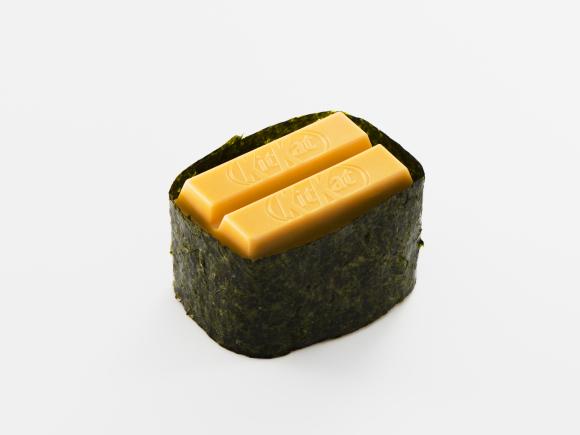Cư dân Nhật xếp hàng dài đón chờ Sushi Kit Kat tái xuất