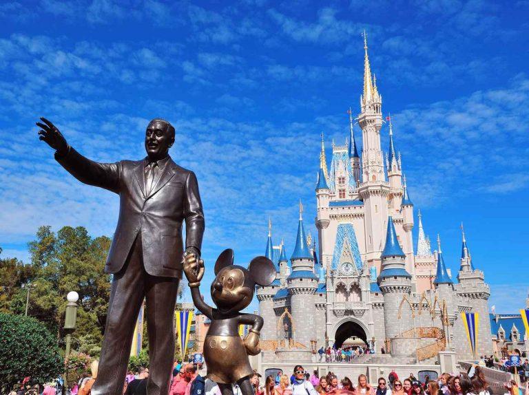 Có một thứ mà bạn không thể tìm thấy ở công viên giải trí hàng đầu Nhật Bản – Disneyland