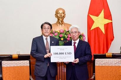 Việt Nam gửi viện trợ 100.000 USD cho Nhật Bản khắc phục hậu quả thiên tai