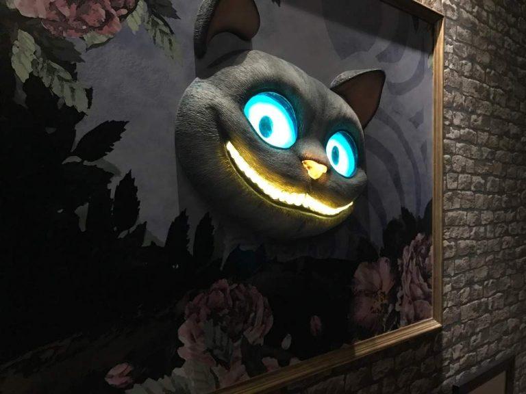 Thế giới bí ẩn của Alice được tái hiện ngay tại Harajuku