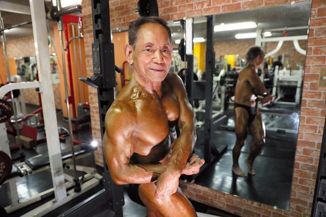 Bạn sẽ ngã ngửa khi biết độ tuổi thực của vận động viên thể hình này