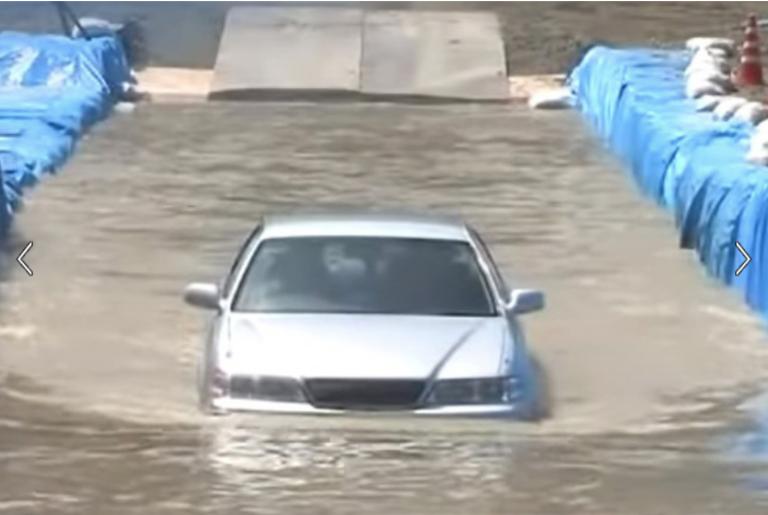 Bài học từ thiên tai Miền Tây nước Nhật: Xe hơi là phương tiện gặp nguy hiểm nhất khi lũ lụt