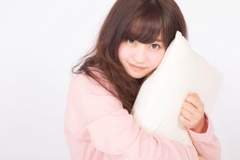 """Vừa không dễ thương, lại vừa dễ thương, sự hấp dẫn """"hờ hững"""" khó hiểu của gái Nhật"""