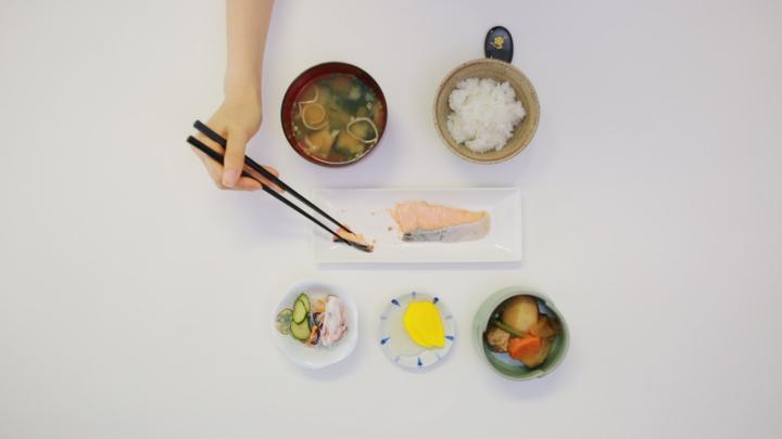 Bổ sung kiến thức: Nhiều người Việt sai ngay bước đầu tiên khi ăn món Nhật