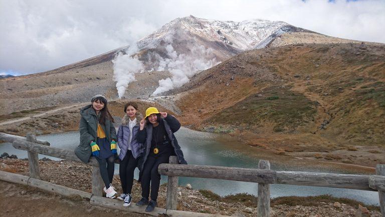 [Góc chia sẻ] Hành trình khám phá ngọn núi cao nhất Hokkaido của nữ du học sinh người Việt