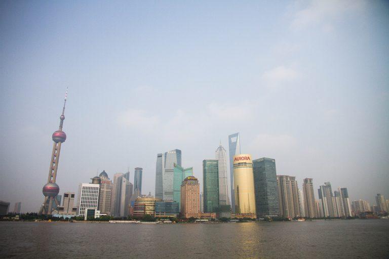 """Người Nhật nhập cư rút khỏi """"vùng đất màu mỡ"""" Thượng Hải vì không chịu nổi chính sách """"Black Mirror"""""""