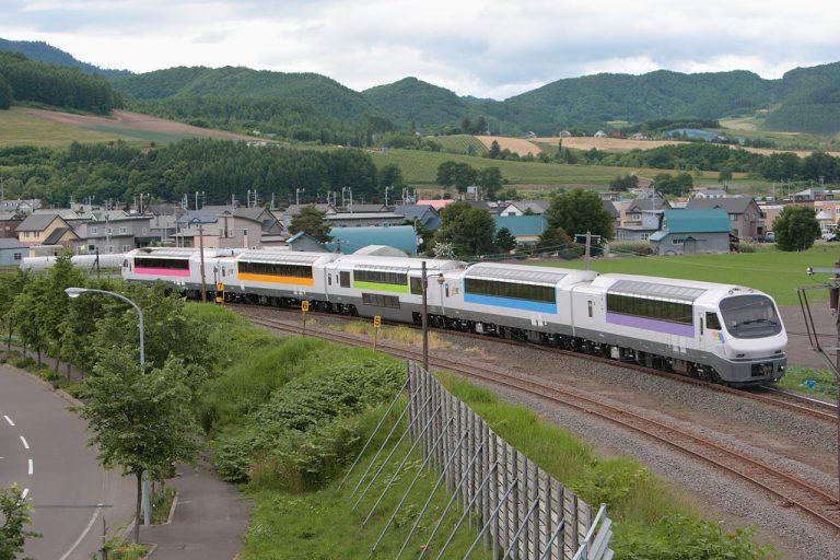 Hokkaido tổ chức chuyến tàu Giáng sinh dành riêng cho khách du lịch nước ngoài để phục hồi sau trận động đất
