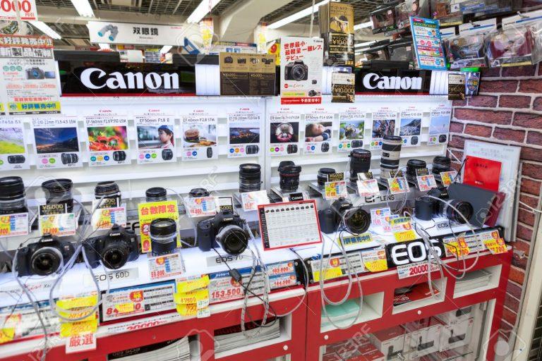 Canon hay Sony? Những mẹo hay khi mua máy ảnh tại Nhật Bản