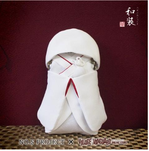 """Chiếc túi thần thánh """"thổi hồn"""" truyền thống vào bất cứ trang phục hiện đại nào"""