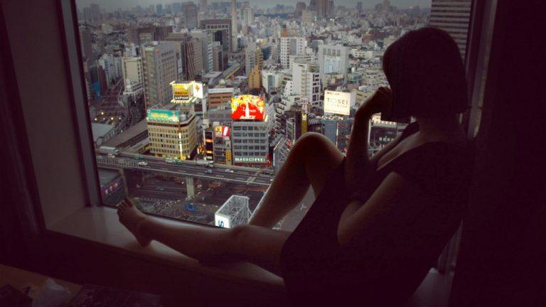 Người dân Nhật Bản nghĩ gì về những mặt lợi và hại khi sống ở Tokyo?