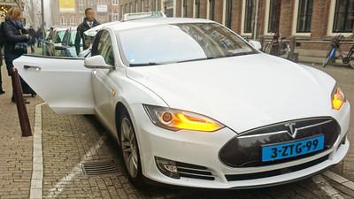Dự đoán tương lai gần – Điều gì xảy ra khi xe hơi tự lái trở nên phổ biến?
