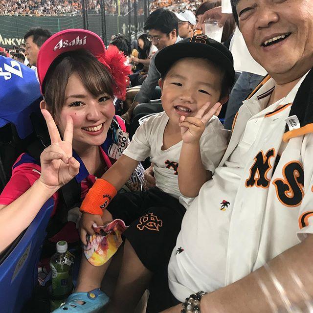 Lý do thực sự khiến người Nhật thích đến sân xem bóng chày – bật mí không liên quan đến thể thao