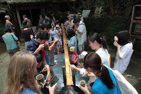 Món mỳ độc đáo chỉ có thể ăn vào mùa hè ở Nhật