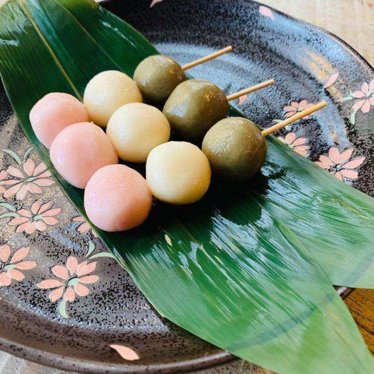 Ý nghĩa đằng sau 3 màu sắc trên xiên bánh Dango?