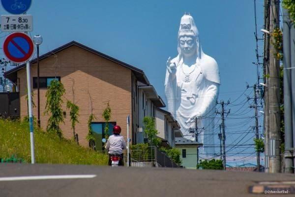 """Tượng """"Đại Phật Quan Âm"""" giữa thành phố – điểm thú vị cho những người ghé thăm Sendai, tỉnh Miyagi"""