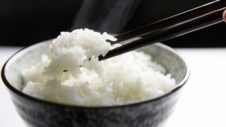 """""""To như đống rơm, không cơm cũng đổ"""" – Nhưng chọn sai gạo nấu cơm kết cục cũng không tốt đẹp hơn"""