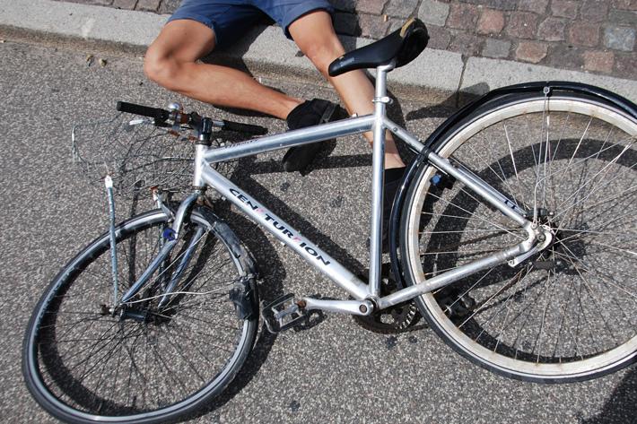 Nhức đầu vấn nạn đi xe đạp ẩu ở Nhật – Hình phạt nghiêm khắc cho người vi phạm luật