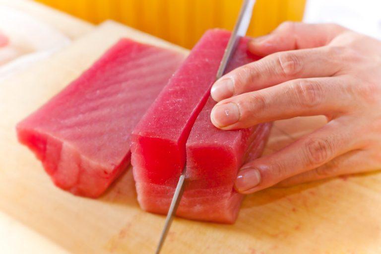 """""""Nghía"""" qua bộ dao bếp của đầu bếp Nhật mới hiểu bí quyết làm nên miếng Sashimi ngon"""