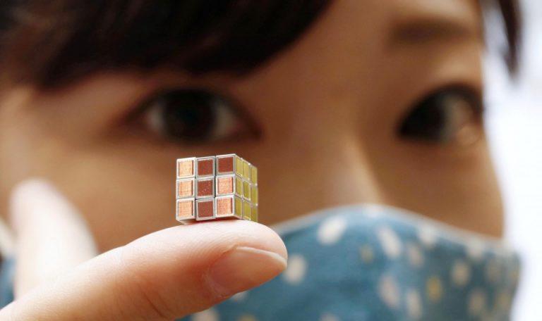 Nhật Bản phát minh ra khối Rubik nhỏ nhất thế giới, kỷ niệm 40 năm ra đời trò chơi trí tuệ này
