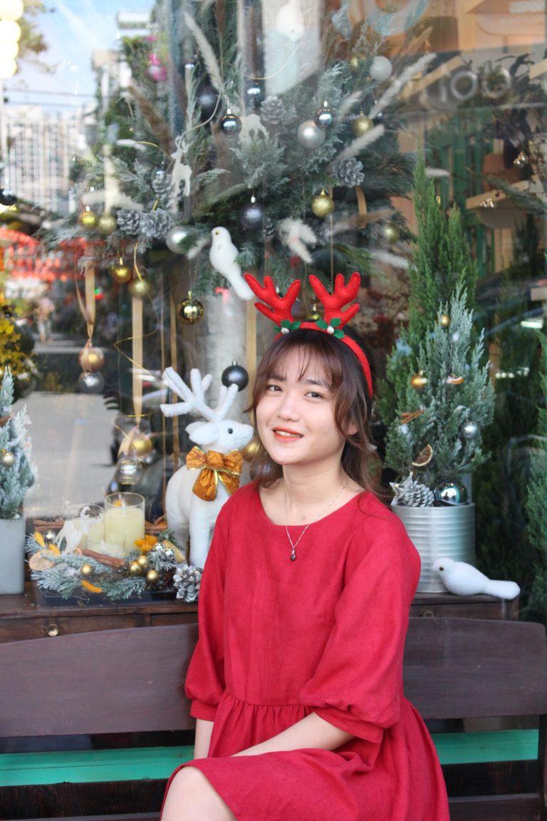 """Xinh lung linh đêm Giáng Sinh nhờ mẹo làm tóc đẹp """"chuẩn"""" Salon"""