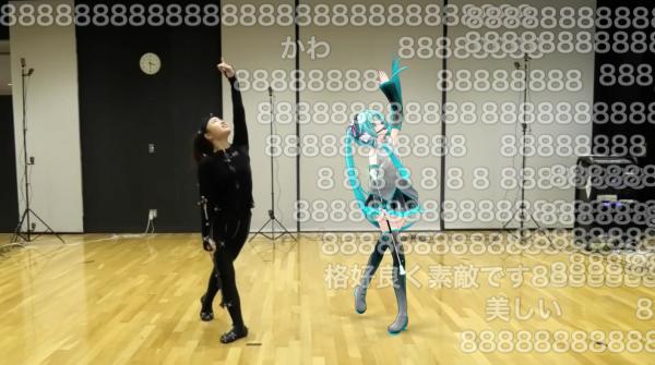 """Nhảy cùng Hatsune Miku ! Video gây bão với chuyển động không thể """"mượt"""" hơn"""