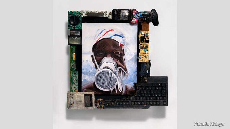 """Một nghệ sĩ người Nhật đã tìm thấy giá trị của """"rác thải điện tử"""""""