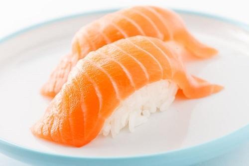 Vì sao Sushi thường được bán theo Set 2 miếng?