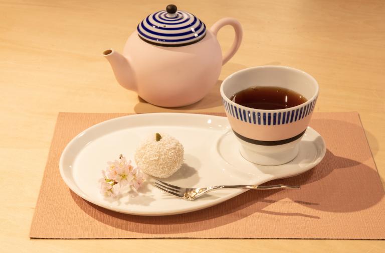 Hướng dẫn cách trang trí đồ ngọt truyền thống Nhật Bản