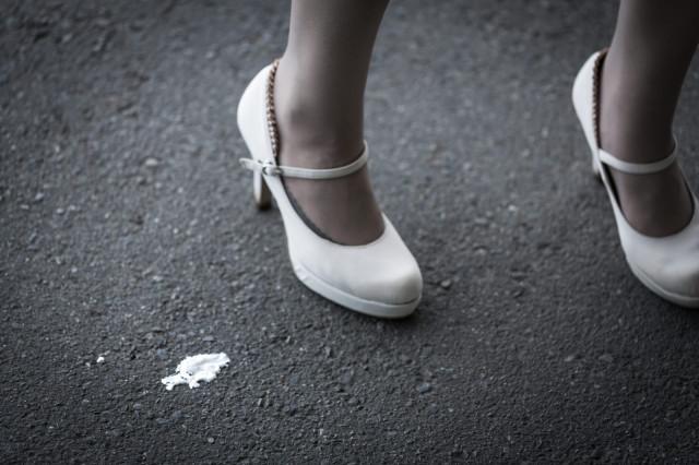 Người đàn ông Nhật Bản bị bắt vì ăn cắp giày của phụ nữ và thay thế bằng đôi giày mới