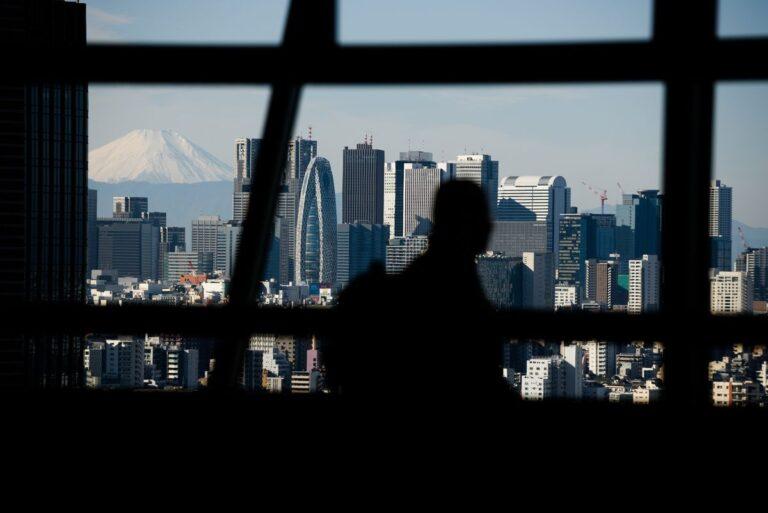 Sau 6 thập kỷ điều hành công ty, giám đốc cao tuổi nhất Nhật Bản rời chức CEO ở tuổi 95