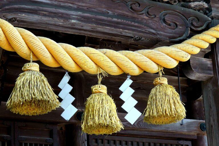 """Shimenawa – Sợi dây thần trong """"văn hoá lãnh thổ"""" của người Nhật"""