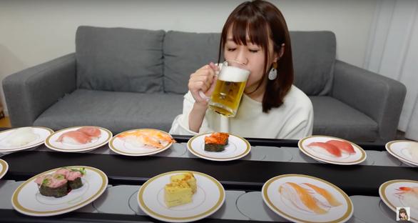 Một chuỗi nhà hàng Sushi cho khách thuê băng chuyền về nhà chỉ với giá 690,000vnd