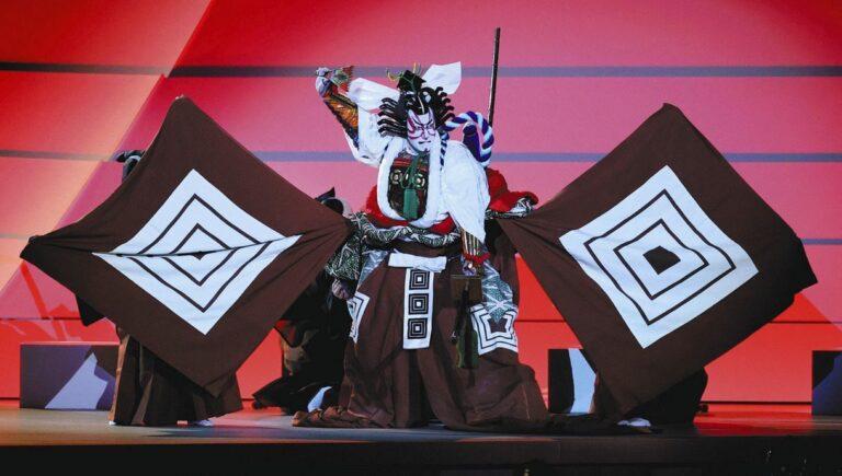 """Câu chuyện đằng sau vở Kabuki """"Shibaraku"""" được biểu diễn trong lễ khai mạc Tokyo Olympic"""
