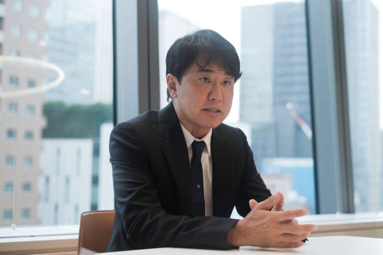 Doanh nhân Nhật Bản thành lập công ty mỹ phẩm doanh thu hàng trăm triệu USD, ám ảnh với vẻ đẹp trường tồn