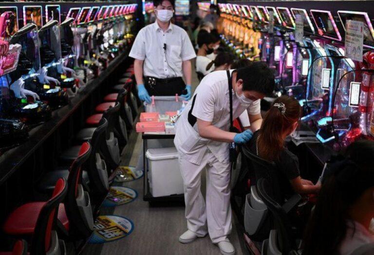 Cửa hàng trò chơi Pachinko ở Osaka được cho là địa điểm tiêm Vaccine Covid-19 tốt nhất